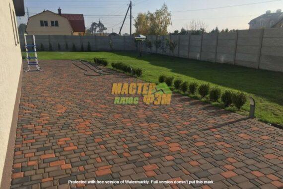 Укладка тротуарной плитки старый город в Н. ПЕТРОВЦАХ